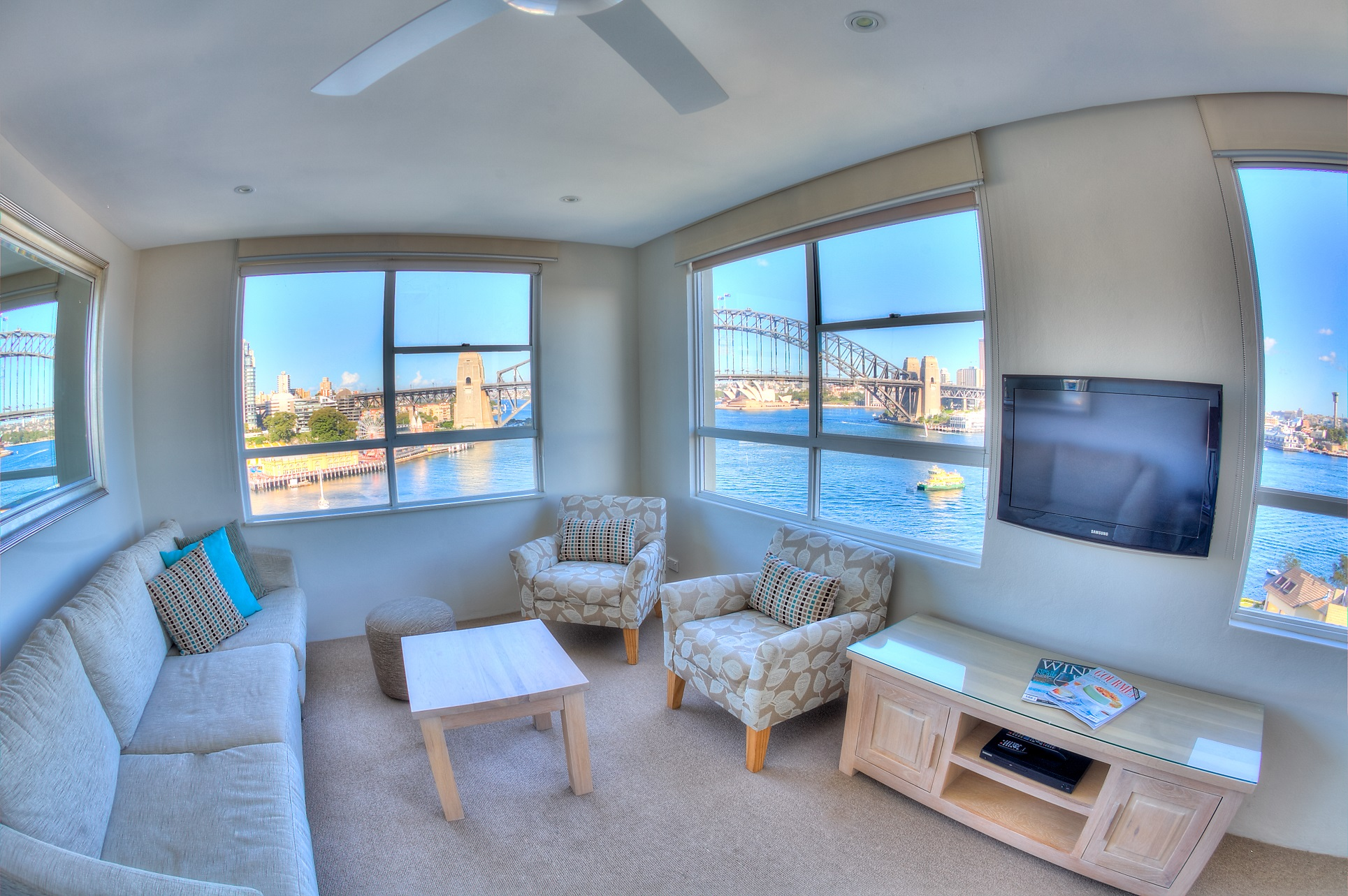 harbourside apartments apartments with a view sydney. Black Bedroom Furniture Sets. Home Design Ideas